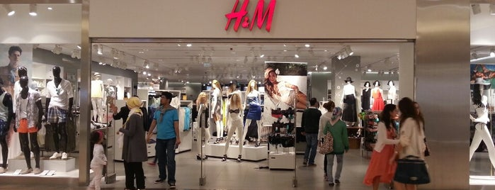 H&M is one of İstinyepark'ta yaşam.