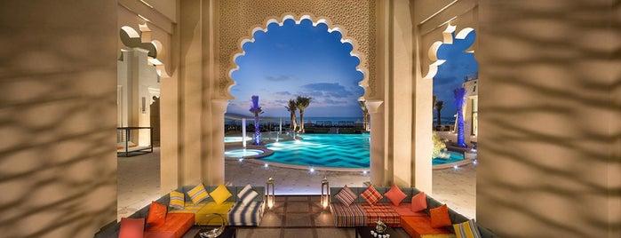 Bahi Ajman Palace Hotel is one of Lieux sauvegardés par Shiraz.