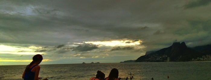 Pedra do Arpoador is one of Trip Rio.