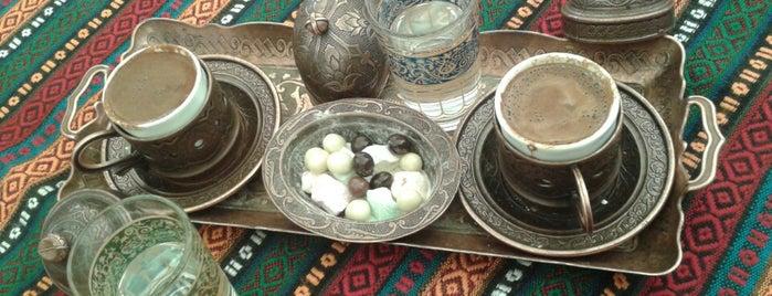 Ihlamuraltı Cafe is one of Tempat yang Disukai Ceyda.