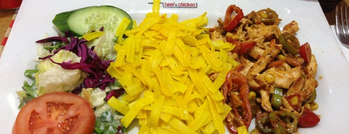 Beef & Chicken is one of Posti che sono piaciuti a Güçlü.