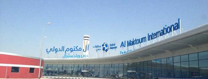 Al Maktoum International Airport (DWC) is one of Orte, die Artemy gefallen.