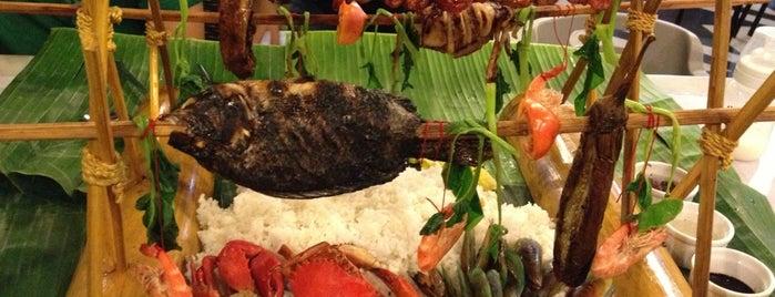 Blackbeard's Seafood Island is one of Locais curtidos por Angelika.