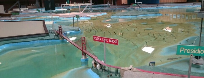 Bay Model Visitor Center is one of National Recreation Areas.