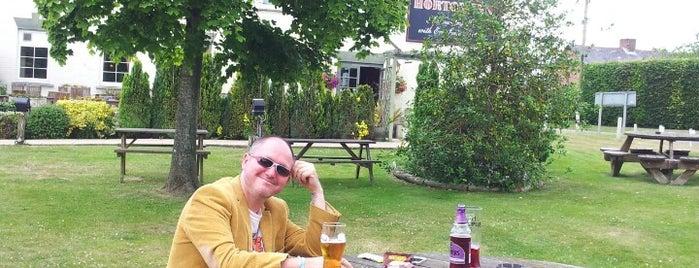 Horton Inn is one of Posti che sono piaciuti a Henry.
