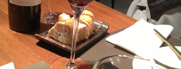 Kimo is one of Restaurantes Lleida!!!!.
