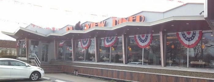 Plainview Diner is one of liz'in Beğendiği Mekanlar.