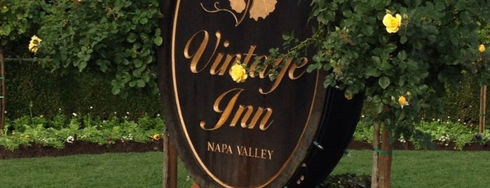 Vintage Inn is one of Tempat yang Disukai Patti.