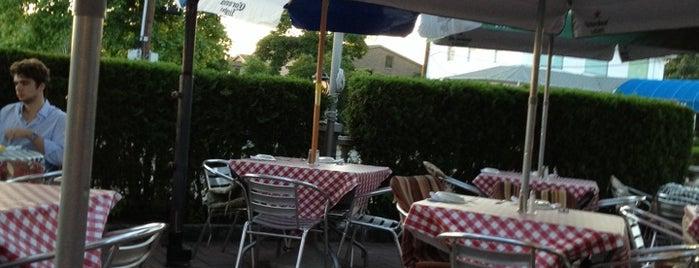 Cafe Italiano is one of Locais salvos de Alec.