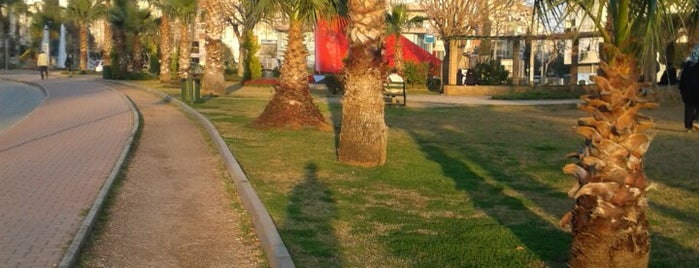 Bayındır Parkı Koşu ve Yürüyüş Parkuru is one of Posti che sono piaciuti a Tanyeli.
