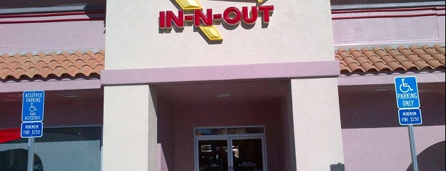 In-N-Out Burger is one of Big Bear Lake (Anti-Zombie Survival).