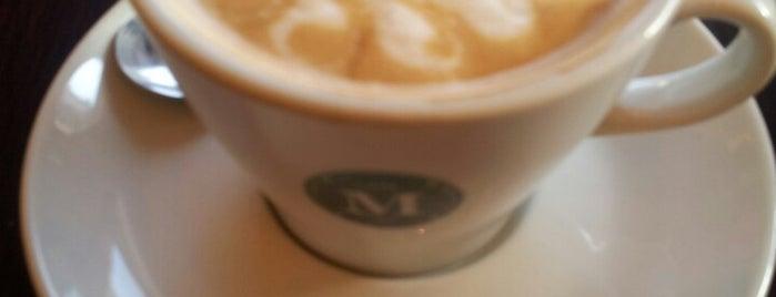 Café Martínez is one of Posti che sono piaciuti a Christian.