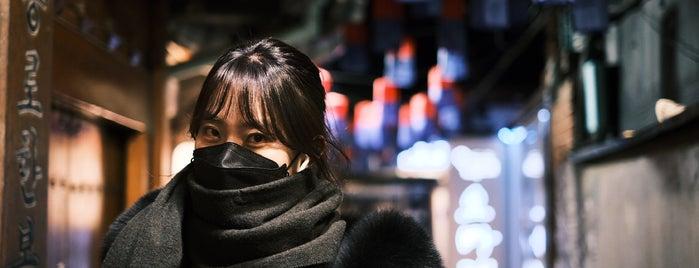 호반 is one of Seoul,north.