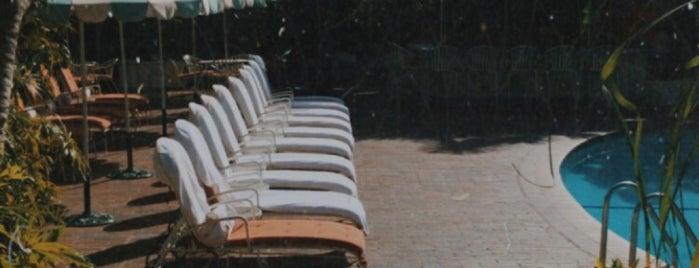 Chateau Marmont Pool is one of Juliana : понравившиеся места.