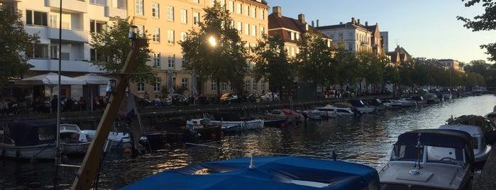 Christianshavn is one of Locais curtidos por Helena.