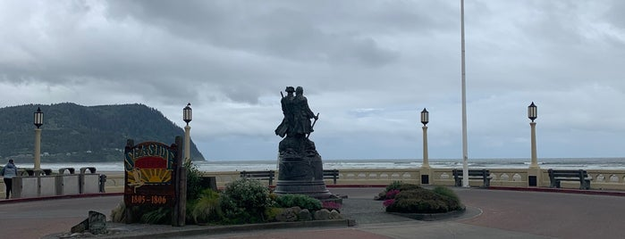 Sunset Beach In Seaside, OR is one of Andrewさんのお気に入りスポット.