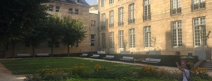 Jardin du Musée Carnavalet is one of Paris Gratuit.