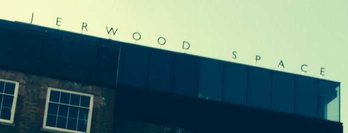 Jerwood Space is one of Mallory 님이 좋아한 장소.