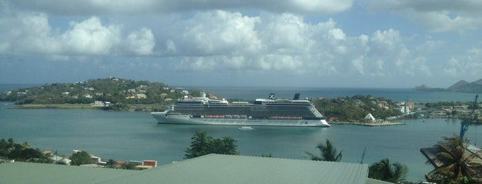 Port of Castries is one of Lugares favoritos de Darrell.