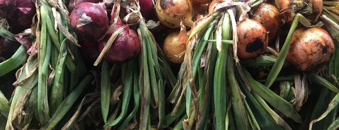 Warwick Valley Farmer's Market is one of Up North/Catskill/upstate.