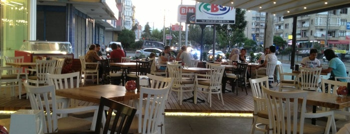 Trabzon Börekçisi Helvacılar is one of Nilay 님이 좋아한 장소.