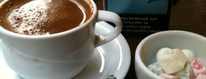 Şelale Cafe is one of Ceren 님이 좋아한 장소.
