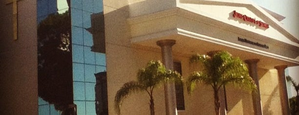Igreja Universal do Reino de Deus is one of สถานที่ที่ Jandira ถูกใจ.