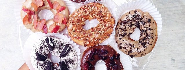 Glassé Donuts is one of Locais salvos de Roberto J.C..