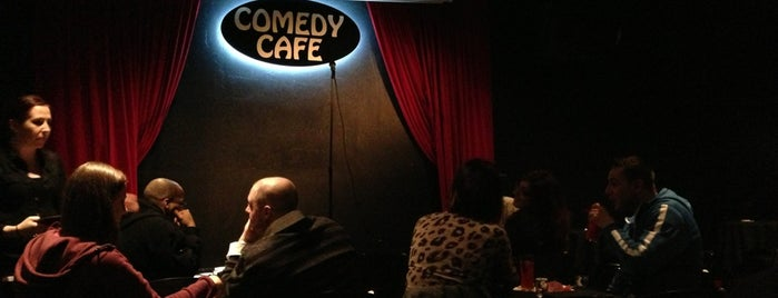 Comedy Cafe is one of Becky 님이 좋아한 장소.