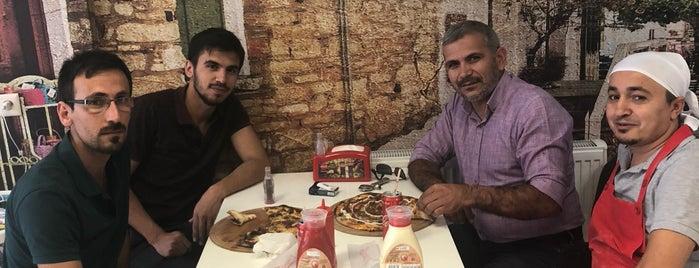 Eva Pizza is one of Gespeicherte Orte von Burak.