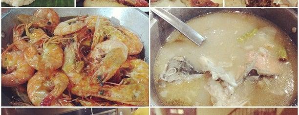 Aling Tonya's Seafood Palutuan is one of Angelika'nın Beğendiği Mekanlar.