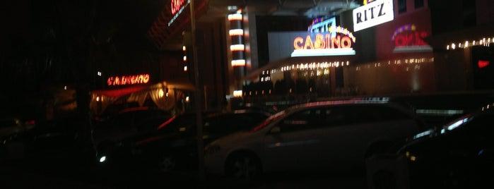 Casino Ritz is one of Locais curtidos por Burç.