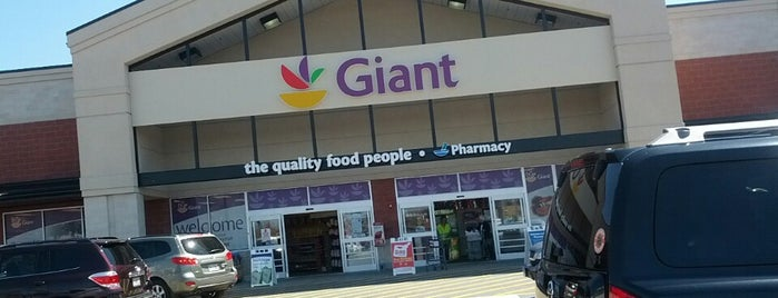 Giant Food is one of Vicktoriaさんのお気に入りスポット.