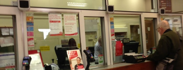 Post Office (Leighton Buzzard) is one of Carl'ın Beğendiği Mekanlar.