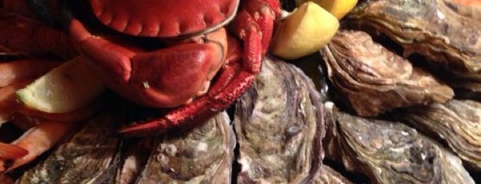 Crab's Burger is one of Позитивные места)).