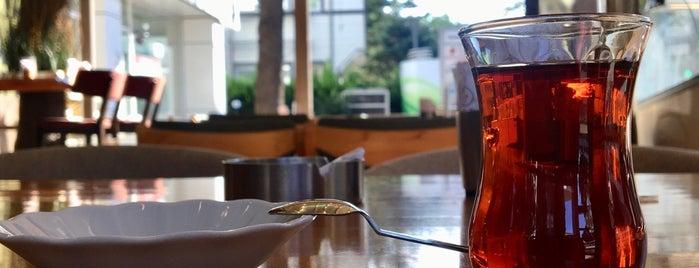 Nosta Cafe & Restaurant is one of @yemekfilozofu 님이 좋아한 장소.