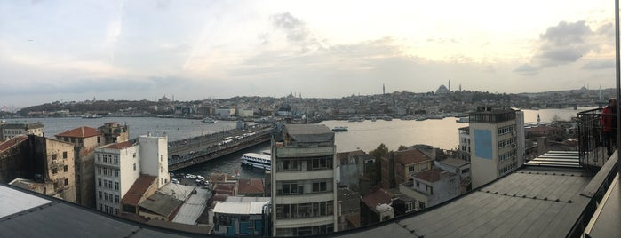 Hotel Momento Golden Horn is one of Istanbul.