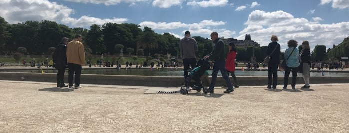 Grand Bassin du Jardin du Luxembourg is one of Locais curtidos por Vanessa.