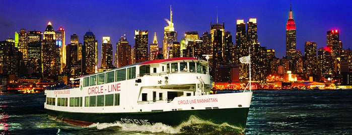 Circle Line Sightseeing Cruises is one of Posti che sono piaciuti a Ashley.