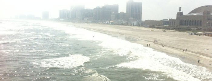 Atlantic City Beach is one of East USA.