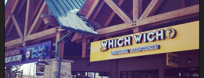 Which Wich? Superior Sandwiches is one of Lieux qui ont plu à Katherine.