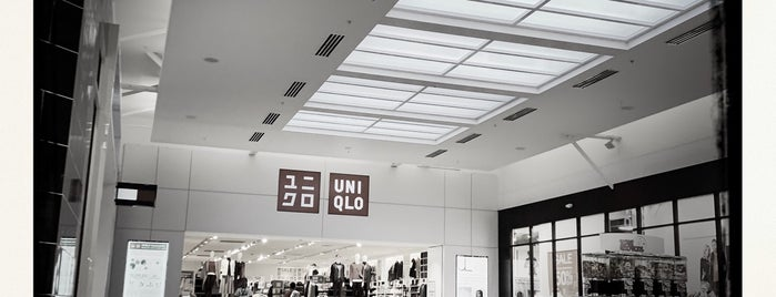 UNIQLO is one of Posti che sono piaciuti a Cuong.