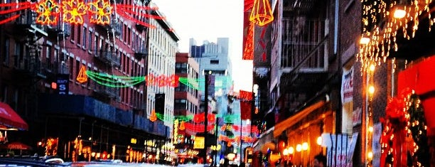 Little Italy is one of Places to go, Manhattan.