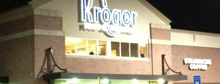Kroger is one of Holly : понравившиеся места.