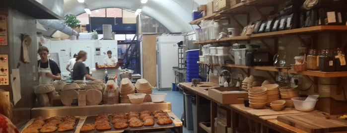 E5 Bakehouse is one of Almost Locals em Londres.