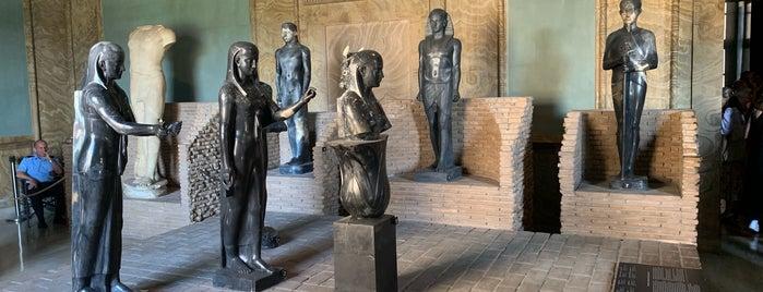 Museo gregoriano egizio is one of Locais curtidos por Carl.