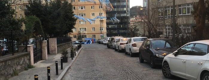 İETT Sitesi is one of cizmecikedi : понравившиеся места.
