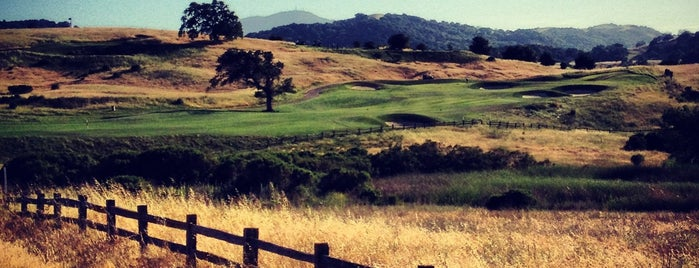 Cinnabar Hills Golf Club is one of Golf Courses To Play.