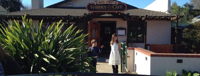 Main Street Garden & Cafe is one of Santa Cruz Favorites.