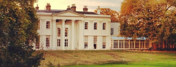 The Hurlingham Club is one of Lugares favoritos de Emily.